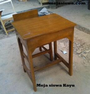 meja seolah kayu